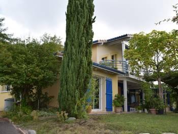 Maison 8 pièces 143 m2