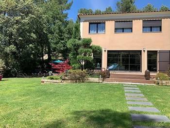 Villa 4 pièces 145 m2