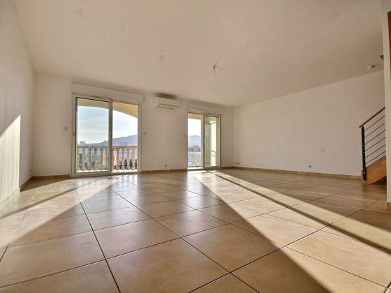Location appartement 3 pièces 85,5 m2 à Ajaccio