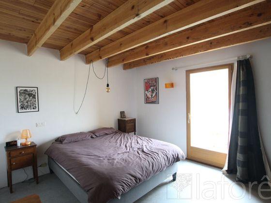 Vente maison 4 pièces 208 m2