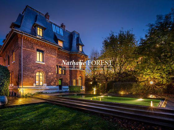 vente Maison 20 pièces 750 m2 Lille