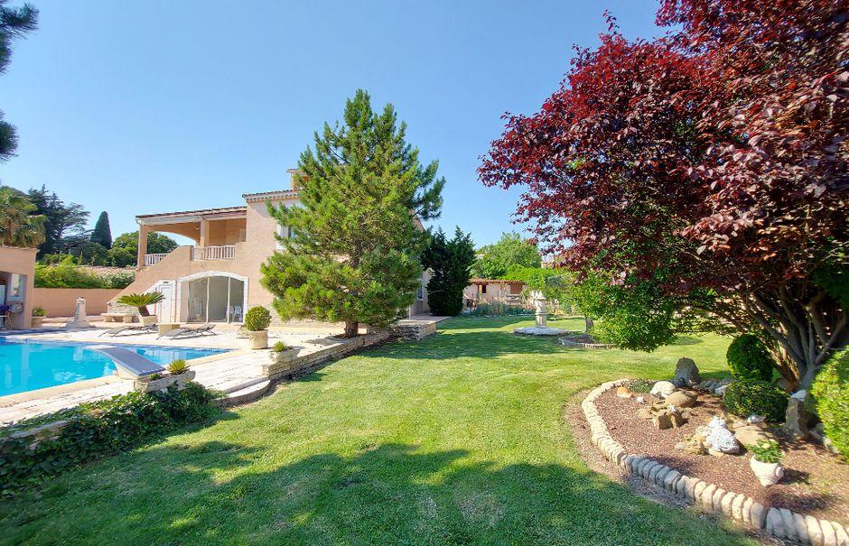 Vente maison 8 pièces 230 m² à Gignac-la-Nerthe (13180), 889 000 €