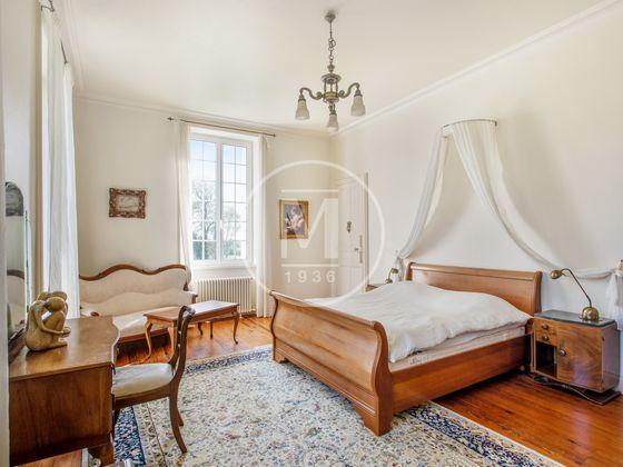 Vente propriété 21 pièces 950 m2