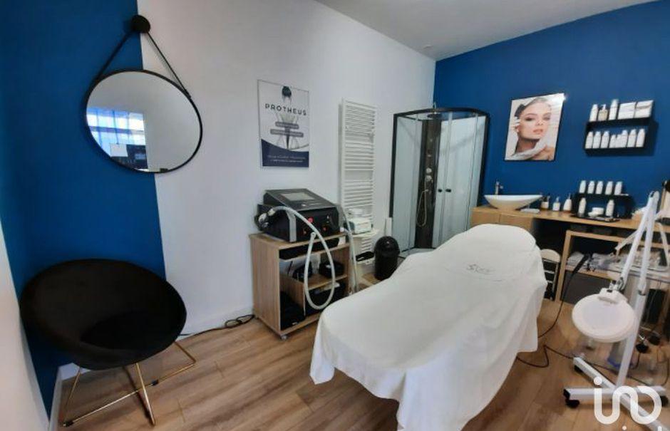 Vente locaux professionnels  64 m² à Grisy-les-Plâtres (95810), 88 000 €