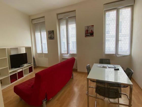 Location appartement meublé 2 pièces 42,13 m2