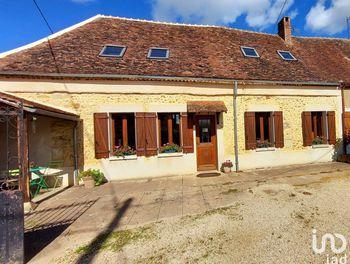 maison à La Celle-Saint-Cyr (89)