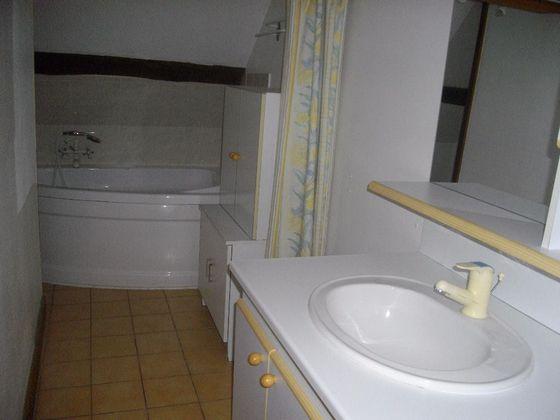 Location maison 5 pièces 110 m2