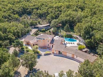 Villa 14 pièces 315 m2