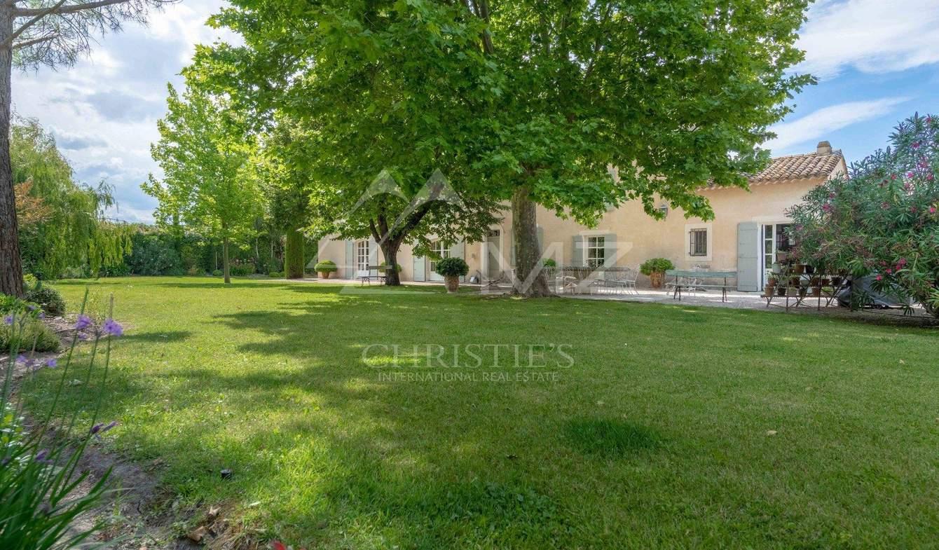 Property with pool Saint-Andiol
