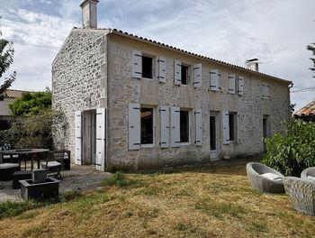 maison à Champdolent (17)
