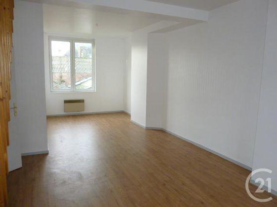 Location appartement 5 pièces 82 m2