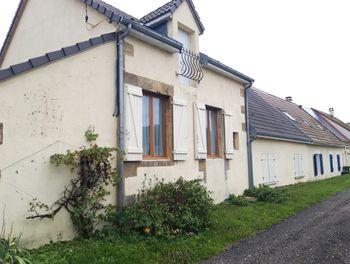 maison à Saint-Jean-aux-Amognes (58)