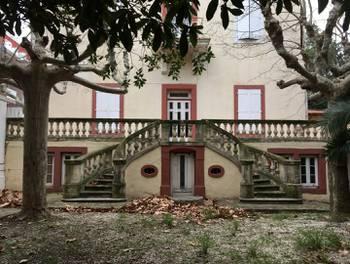 Maison 15 pièces 440 m2