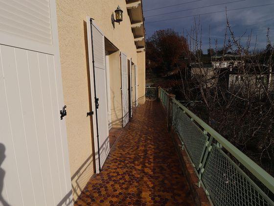 Location appartement 4 pièces 87,03 m2