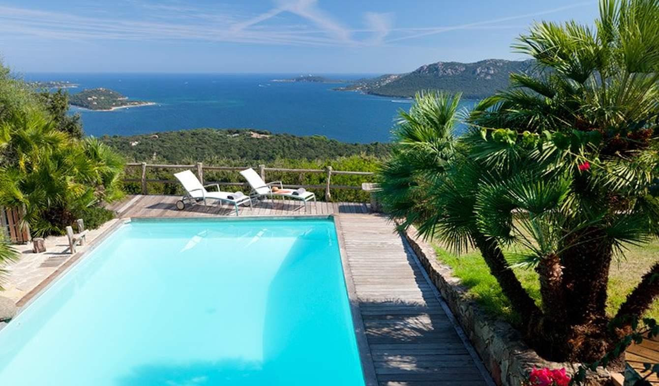 Villa avec piscine en bord de mer Porto-Vecchio