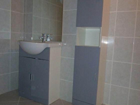 Location appartement 3 pièces 55,56 m2