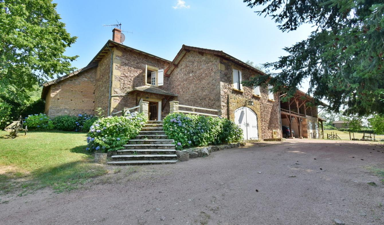 Maison La Clayette