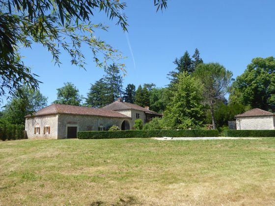 Vente maison 6 pièces 186 m2