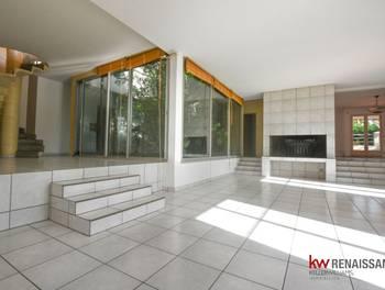 Maison 10 pièces 296 m2