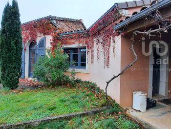 maison à Villefranche-de-Rouergue (12)