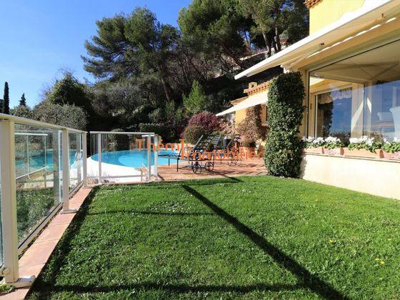 Location villa meublée 4 pièces 250 m2