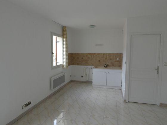 Location studio 24,54 m2
