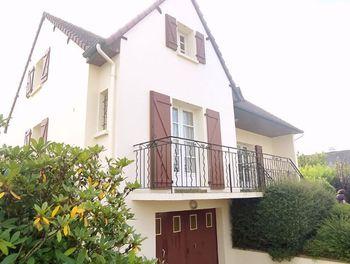 maison à Ernée (53)