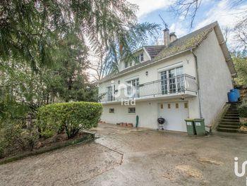 maison à Auffreville-Brasseuil (78)