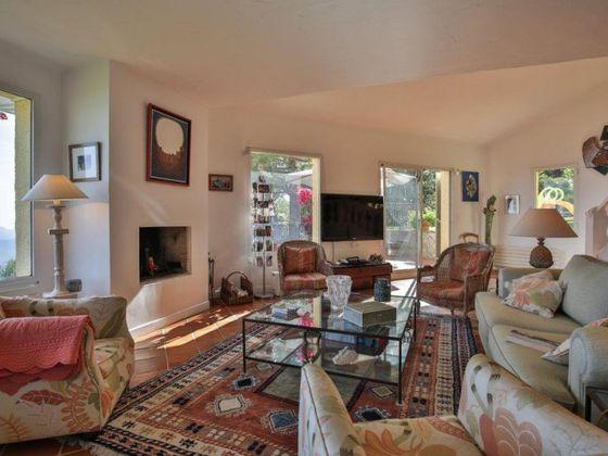 Vente propriété 11 pièces 400 m2