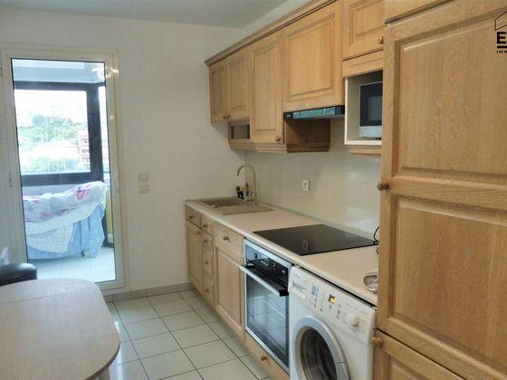 Location appartement 3 pièces 115 m2