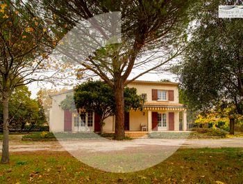maison à Bollene (84)