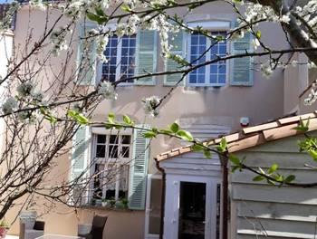 Maison 12 pièces 226 m2
