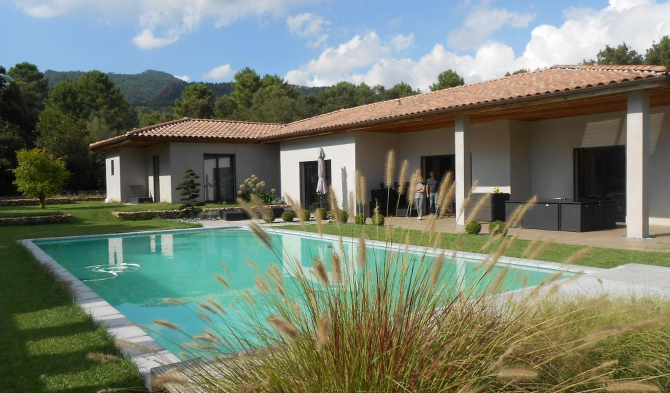 Propriété avec piscine et jardin Lecci