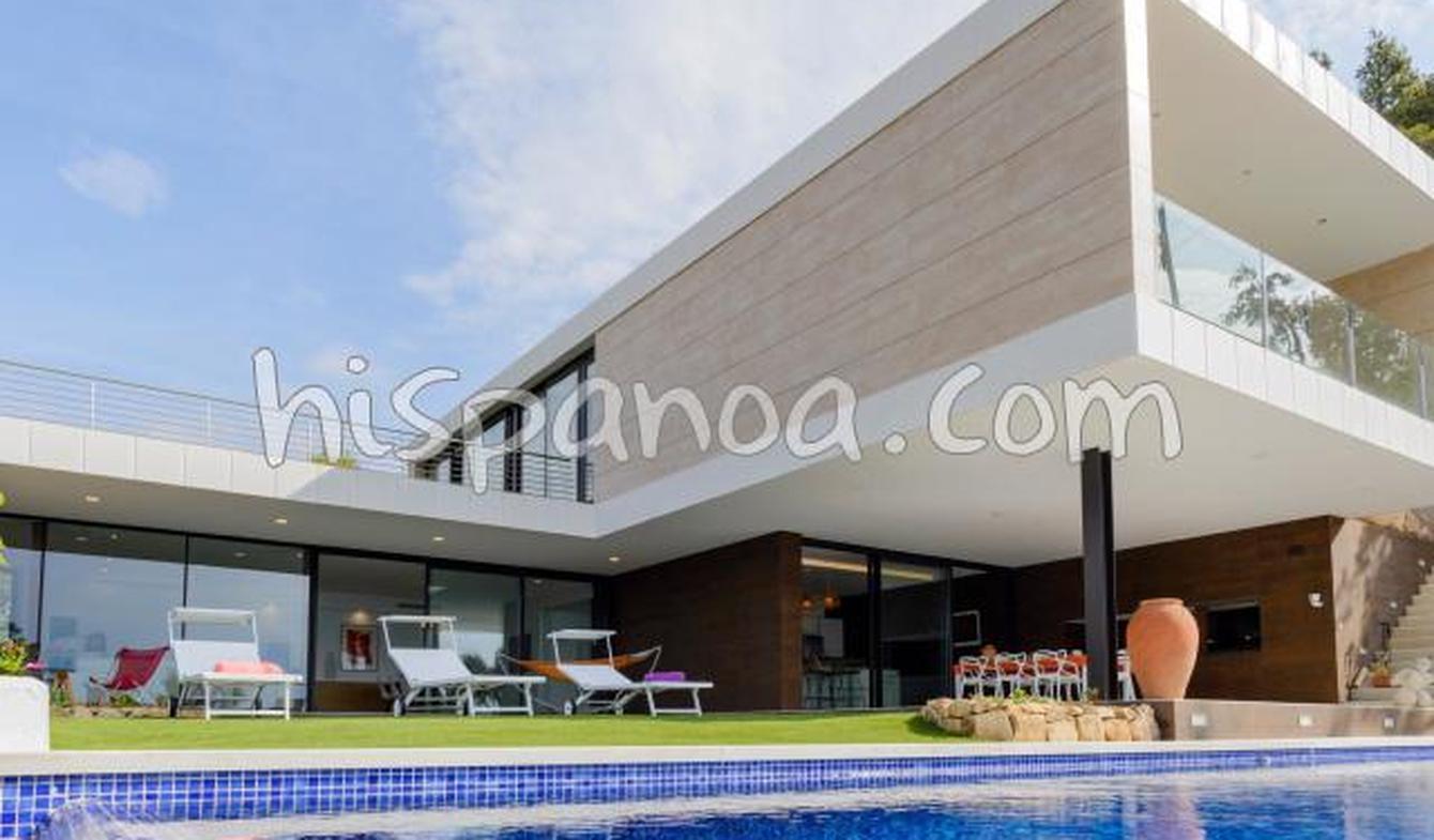 Villa avec piscine en bord de mer Tossa de Mar