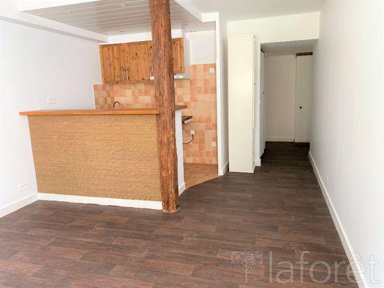 Location studio 29,23 m2