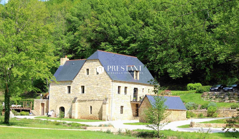 Maison avec piscine et terrasse Sainte-Nathalène