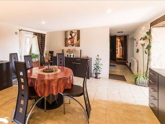 Vente maison 10 pièces 224 m2