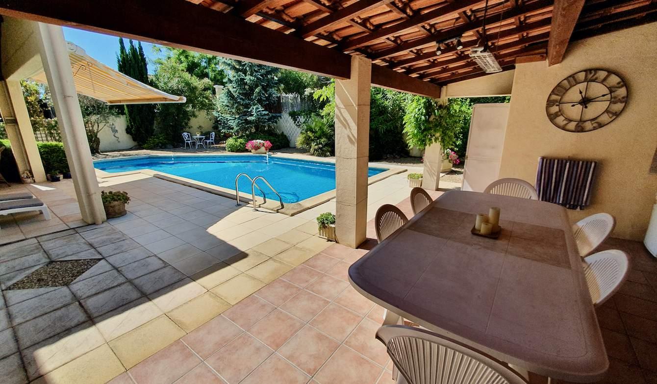 Villa avec piscine et jardin Valros