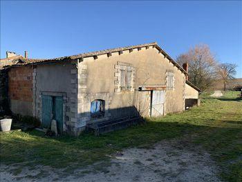 maison à Jurignac (16)