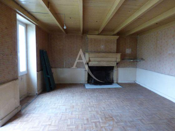 Vente maison 2 pièces 103,79 m2