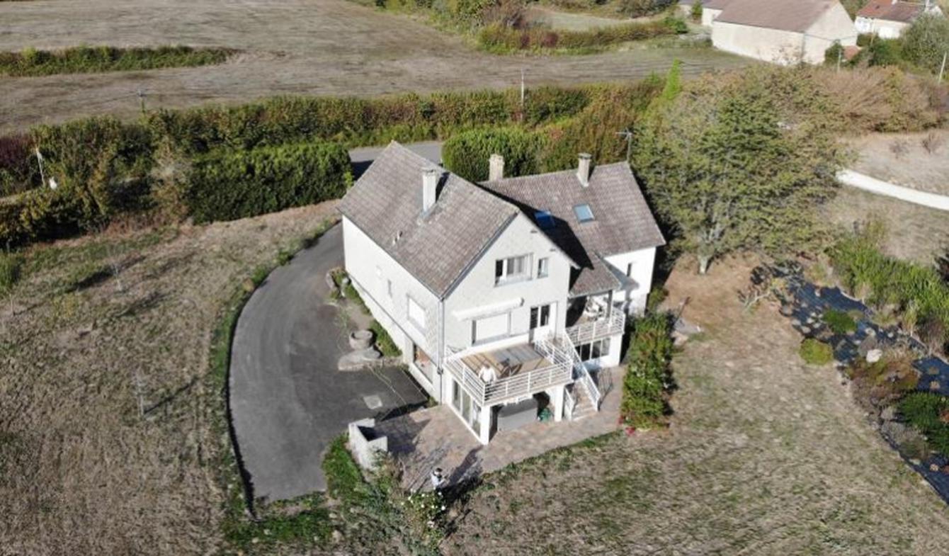 Maison avec terrasse Quarré-les-Tombes