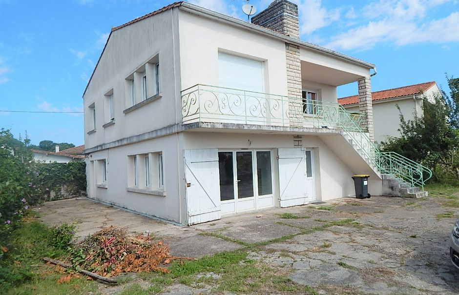 Vente appartement 3 pièces 102 m² à Médis (17600), 181 000 €