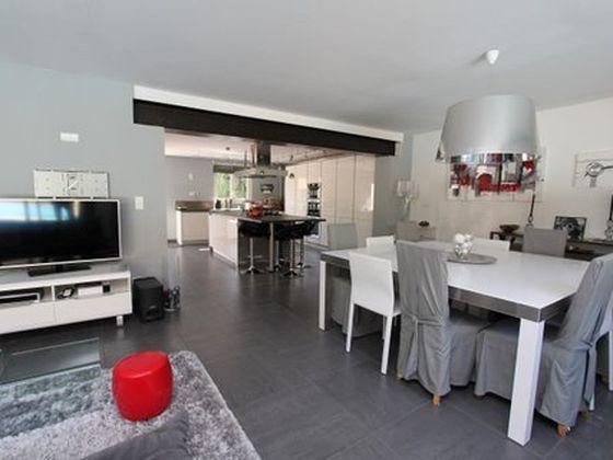 Vente maison 5 pièces 207 m2