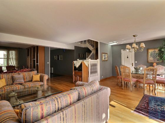 Vente maison 9 pièces 220,25 m2