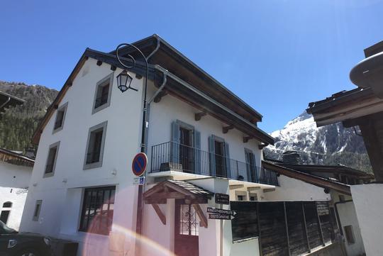 Chalet avec vue panoramique et terrasse