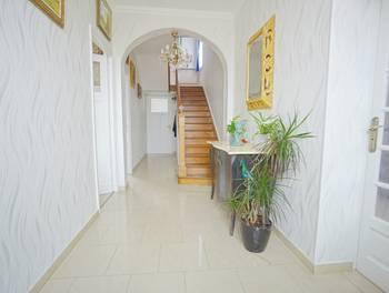 Maison 9 pièces 180 m2