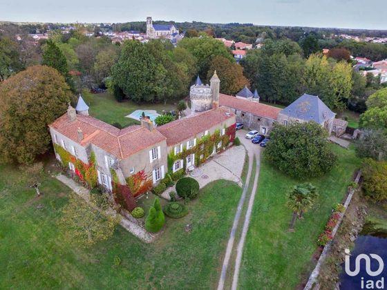 Vente château 18 pièces 700 m2