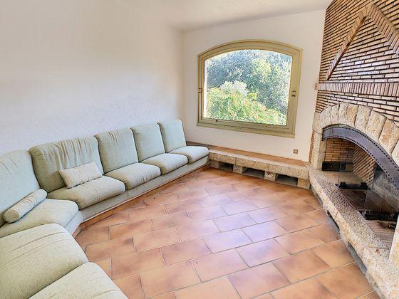 Vente maison 9 pièces 500 m2