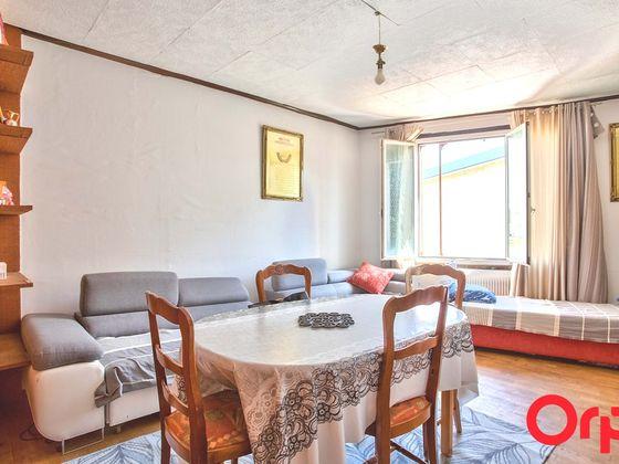 Vente maison 9 pièces 207 m2