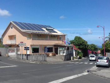 locaux professionels à La riviere (974)